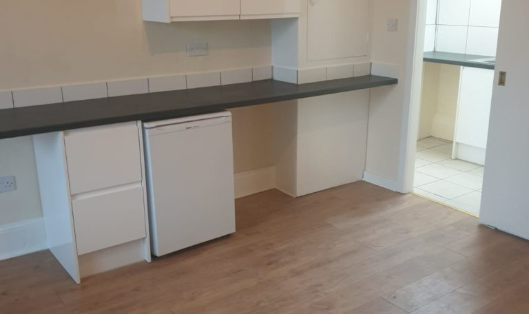 REGIONAL HOMES ARE PLEASED TO OFFER: 1 BED NEWLY REFURBISHED FLAT, HANDSWORTH WOOD, DSS ACCEPTED