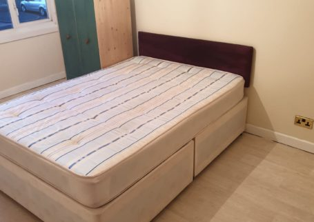 ROOMS AVAILABLE, NORTON CLOSE, SMETHWICK, FULLY FURNISHED, DSS ACCEPTED,ALL BILLS INC!!