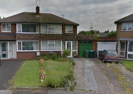 REGIONAL HOMES ARE PLEASED TO OFFER THIS: 3 BEDROOM SEMI DETACHED HOME, THEODORE CLOSE, OLDBURY!!